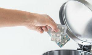 Lixo especial: Existe algum procedimento específico para o descarte de medicamentos?
