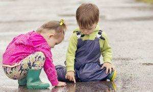 Crianças que brincam ao ar livre possuem sistemas imunológicos mais fortes?