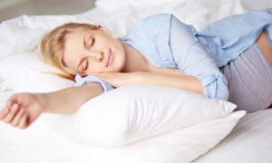 Gravidez: qual a melhor posição para dormir?