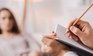 Como a terapia pode ajudar pacientes com ansiedade leve ou moderada?