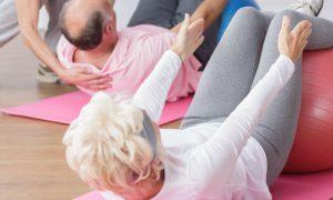Dona de casa recupera a mobilidade com tratamento contra artrose e osteoporose