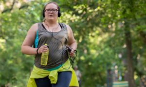 Atividade física e reeducação alimentar são importantes contra obesidade