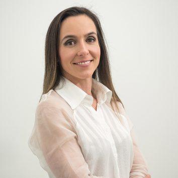 Dra. Gabriella Albuquerque