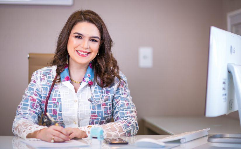 Dra. Flávia Salame