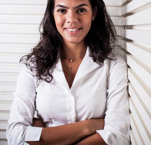 Dra. Vivian Amaral