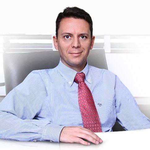 Dr. Fernando Valério