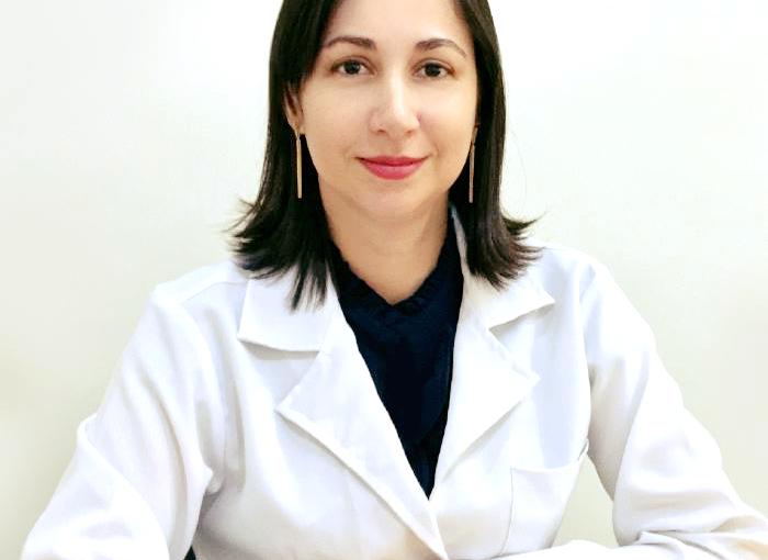 Dra. Angélica de Carvalho