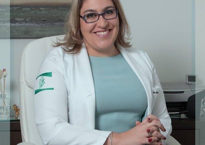 Dra. Renata Ferlin Arbex