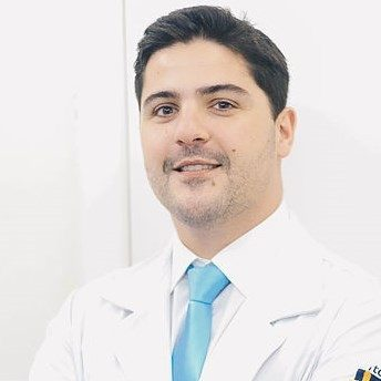 Dr. Gustavo Dalla Bernardina de Almeida