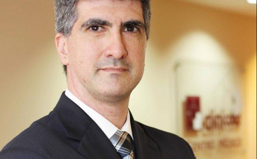 Dr. Marcos Britto