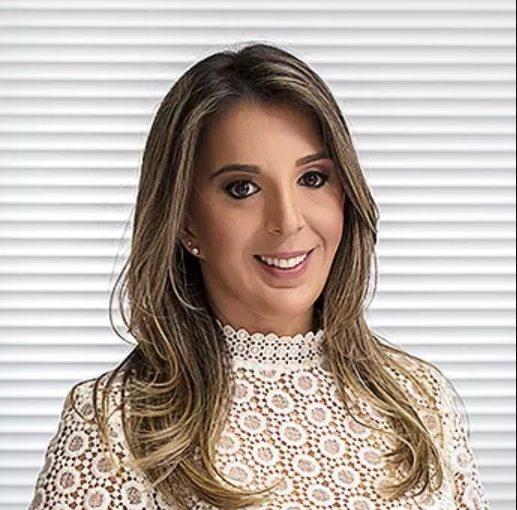 Sílvia Marinho Ferolla Costa